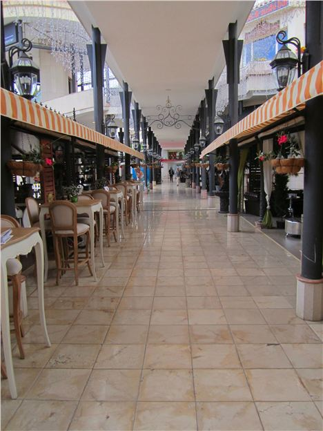 Stylish Shopping Arcades In Tenerife South