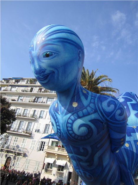 Huge Balloon Puppets Fill The Skies Of Nice