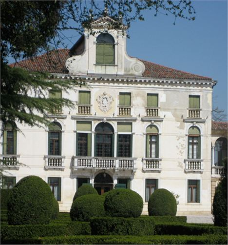 Villa Tiepolo Passi From The Gardens