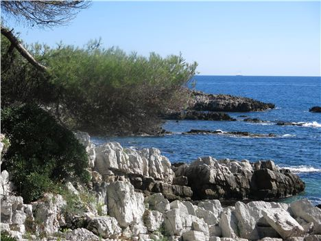 Coastal Path Around Cap D'antibes