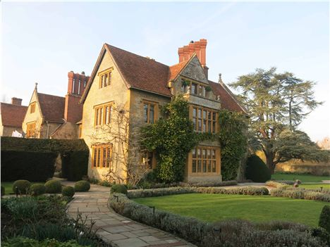 The Manoir, Mellow In The Late Afternoon