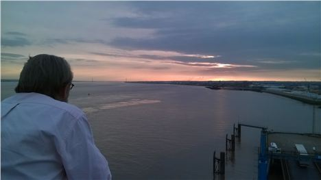 Hull_Sunset_From_The_Sundeck[1]