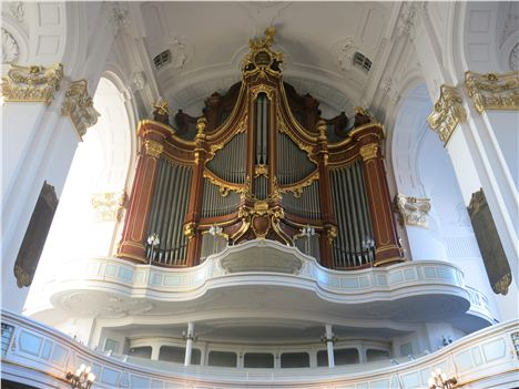 Magnificent Organ In The Michaeliskirche
