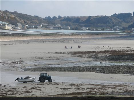 Low Tide At L'eveque