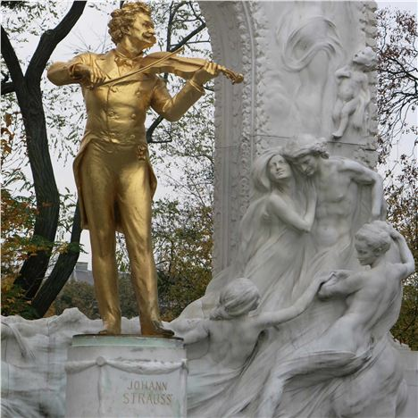 Strauss Statue In The Stadtpark